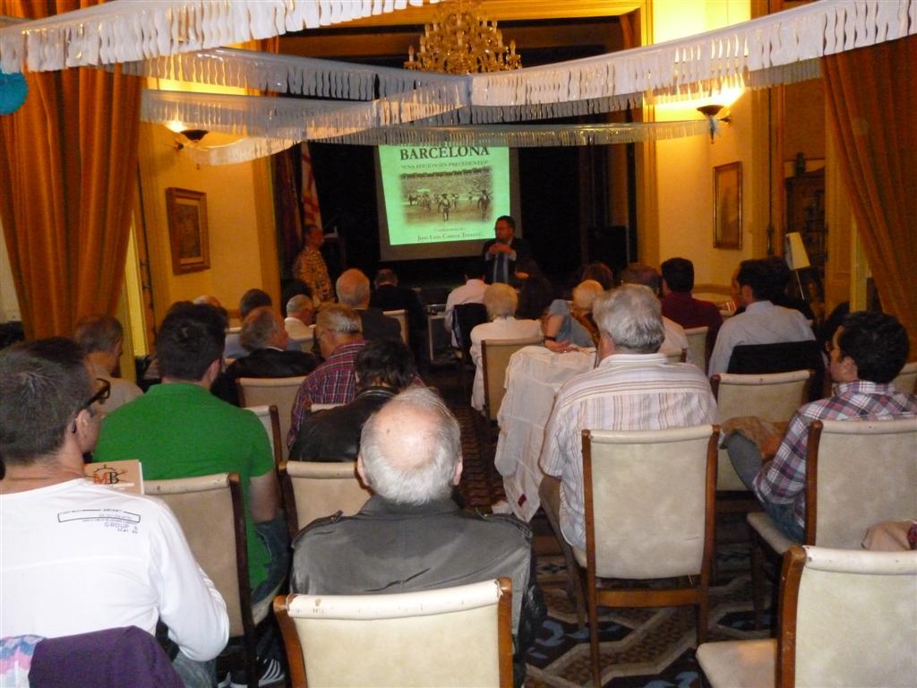 Conferencia en la casa de madrid de barcelona jos luis - Casa torres barcelona ...
